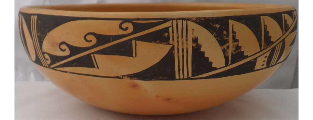 Hopi bowl - polychrome clay